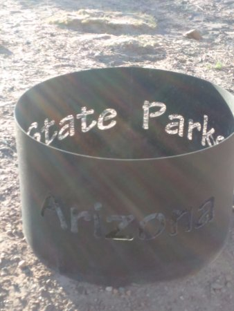 Winslow, AZ: Love the fire pits