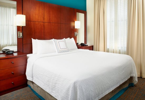 Residence Inn Columbus Downtown: Two-Bedroom Suite - King Bedroom
