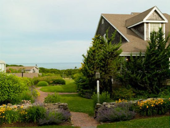 Menemsha Inn and Cottages Picture