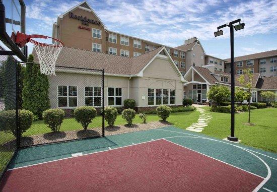 Bedford Park, IL: Sport Court