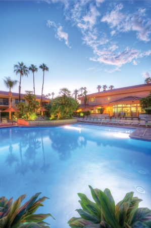 Welk Resorts Palm Springs: Pool Main