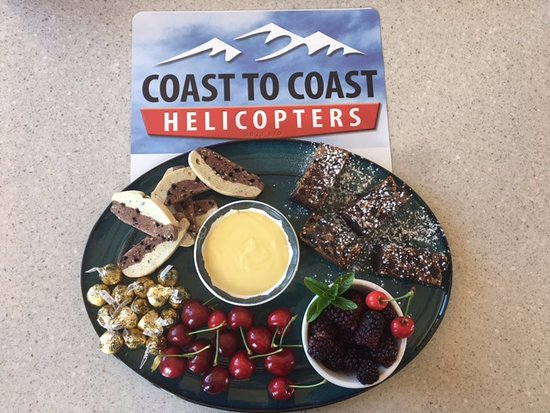 Picton, New Zealand: Scenic flights followed by platters of local produce. We can organise both!