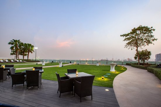 Crowne Plaza Dubai Festival City: Terrace