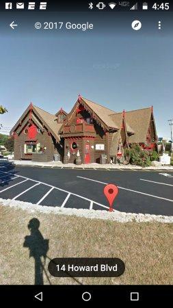Mount Arlington, Nueva Jersey: Pretty Swiss chalet style building