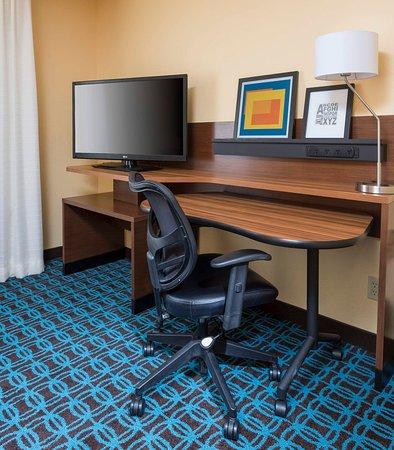 Temple, TX: Suite - Work Desk