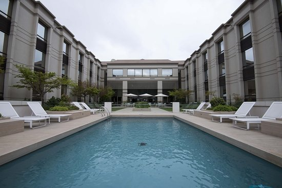 Holiday Inn Express Concepcion: Swimming Pool