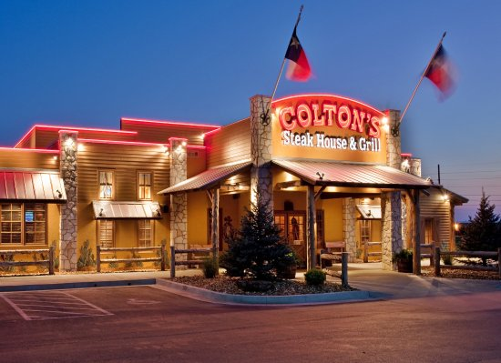 Sedalia, MO: Restaurant Coltons Steakhouse