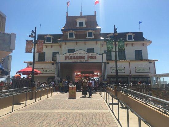 Photo of Pier Galveston Island Historic Pleasure Pier at 2501 Seawall Blvd, Galveston, TX 77550, United States
