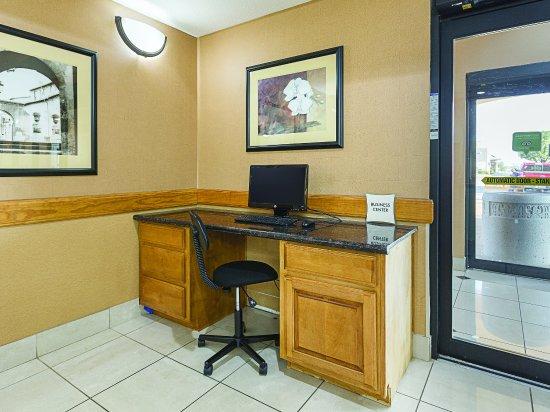Alvarado, TX: BusinessCenter