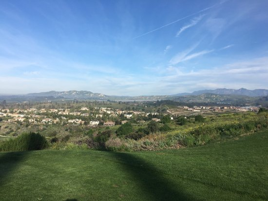 ‪Moorpark Country Club‬