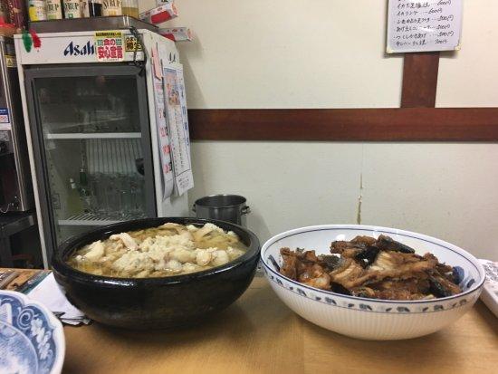 Uchiko-cho, Japón: アラ煮などのおつまみ