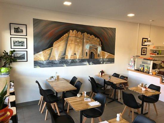 Frankston, Australia: Modern cafe with relaxed atmosphere