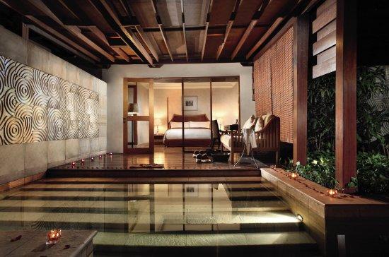 The Ritz-Carlton Jakarta, Mega Kuningan: The Ritz Carlton Jakarta GranddSpa Terrace