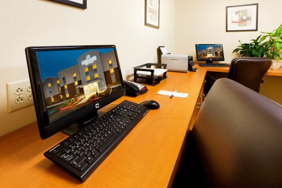 Candlewood Suites Harrisburg: 24 hour Business Center