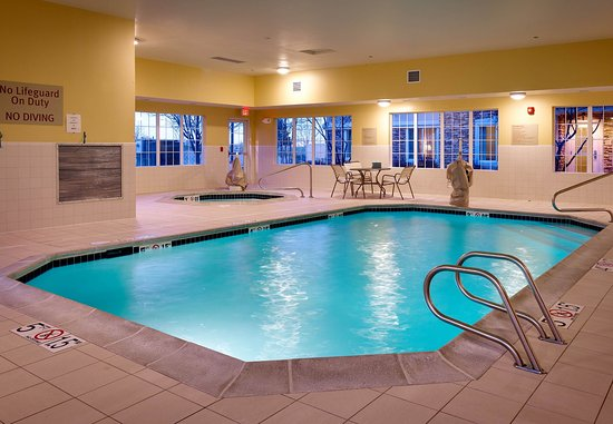 TownePlace Suites Boise West/Meridian: Indoor Pool and Spa