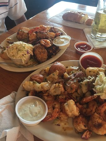 Benno's Cajun Seafood Restaurant: Absolutely amazing, The best cajun seafood ever. A must go to. I will be back again