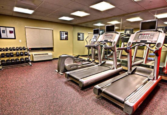 TownePlace Suites Savannah Airport: Fitness Room