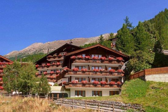 Hotel Alpenroyal Zermatt Reviews