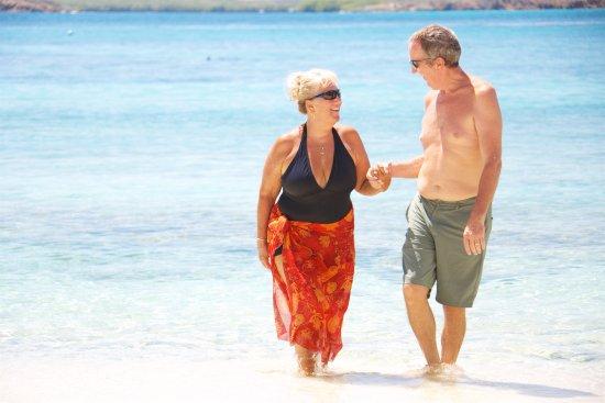 Benner, เซนต์ โทมัส: beach walks