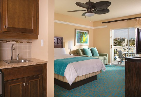 Marriott's Aruba Surf Club: Guest Room - Oceanside