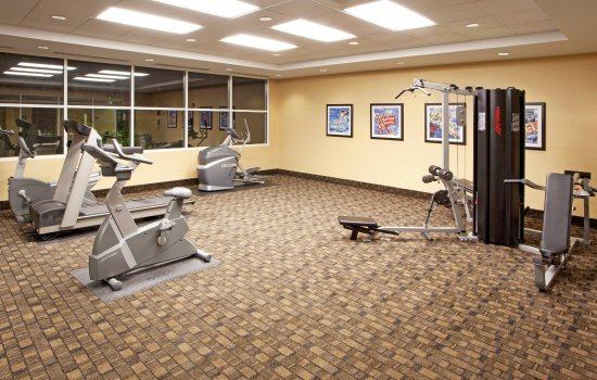 Front Royal, VA: 24-hour Fitness Center on Pool Level