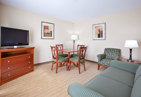 Portland, IN: Our executive suite consists two separated rooms.