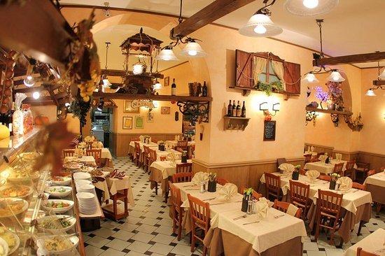 Delia Accomodation B&B: ristorante