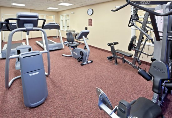 Ontario, Oregon hotel Fitness Center open 24 hours.