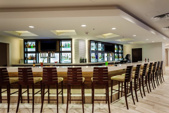 Holiday Inn Austin-Town Lake : Welcome to the Boathouse Bar