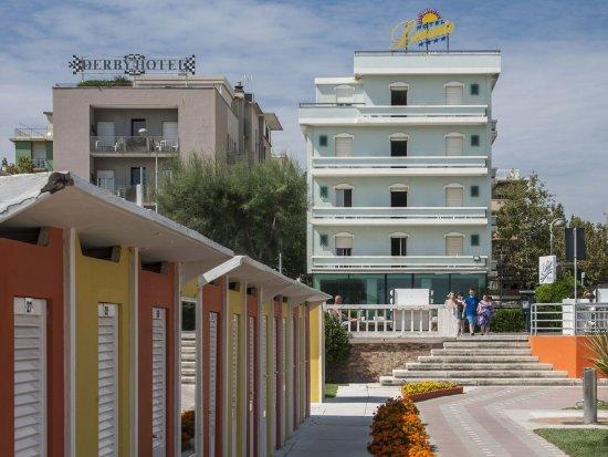 Levante Hotel Rimini Prezzi 2017 E Recensioni