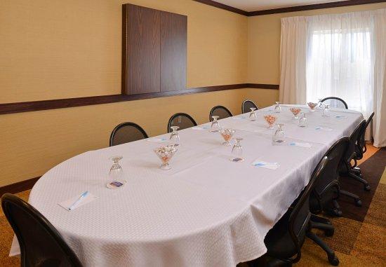 Fairfield Inn & Suites Fort Pierce: Meeting Room - Boardroom Setup