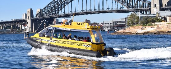how to get a taxi in sydney