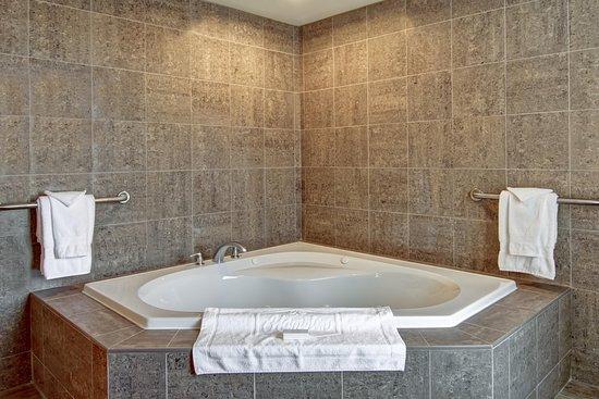 Hampton Inn Sudbury: Whirlpool