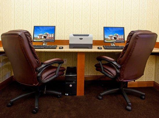 Bay City, MI: Business Center