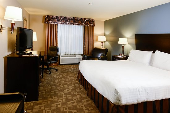 Holiday Inn Express Hotel & Suites Eastland: King Bed