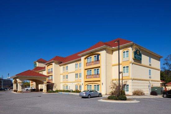 La Quinta Inn & Suites Mobile - Tillman's Corner: ExteriorView