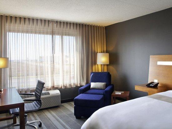 Novotel Toronto Vaughan Centre: Guest Room
