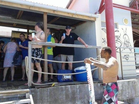 Saint-Pierre, Martinique: Réconfort après plongée A PAPADLO