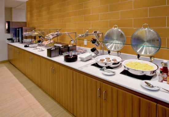 Provo, UT: Breakfast Serving Area