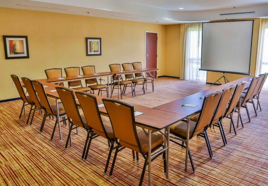 Spanish Fort, AL: Meeting Room - U-Shape Setup