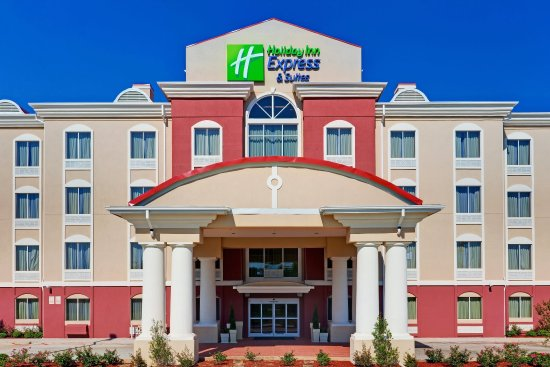 Holiday Inn Express Hotel & Suites Byram: Hotel Exterior