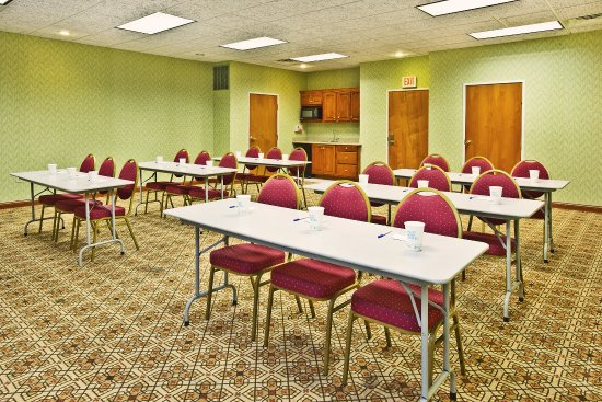 Goshen, IN: Our meeting rooms are perfect for small classroom style meetings.
