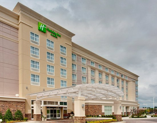 Holiday Inn Hotel & Suites Memphis-Wolfchase Galleria: Hotel Exterior