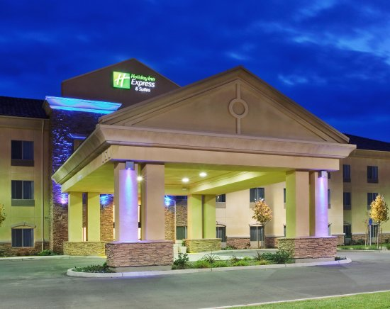 Holiday Inn Express Hotel & Suites Merced : Hotel Exterior