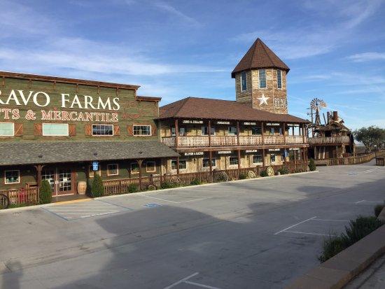 Kettleman City, Kalifornia: EXTERIOR