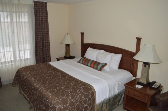 Oconomowoc, WI: Guest Room
