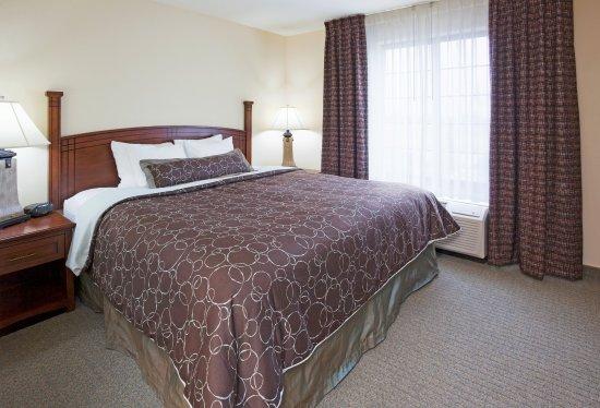 Oconomowoc, WI: King Bed Guest Room