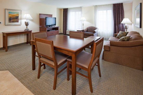 Oconomowoc, WI: Executive Suite
