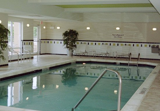 Fairfield Inn & Suites Milledgeville: Indoor Pool