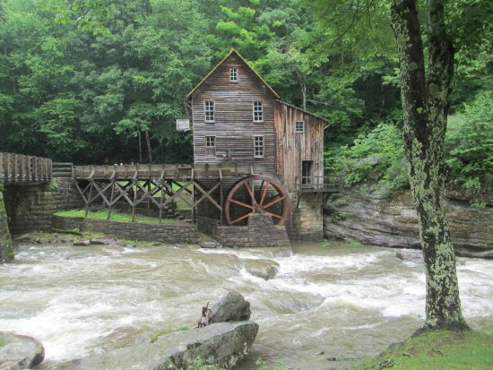 Ansted, Virginia Barat: The Old Time Mill